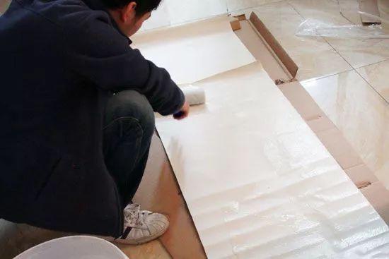 壁纸墙面铺贴施工流程,了解一下