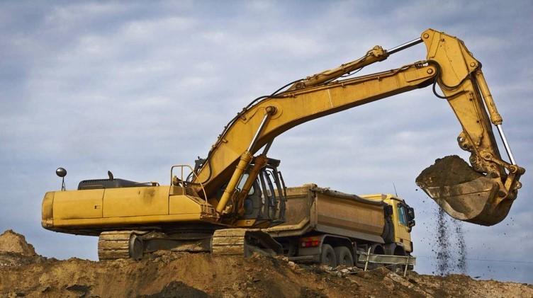 高速公路深路堑开挖示范工程总结