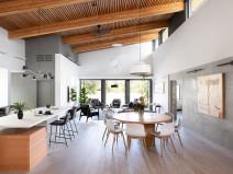 温哥华融合双重风格的Curio独栋别墅