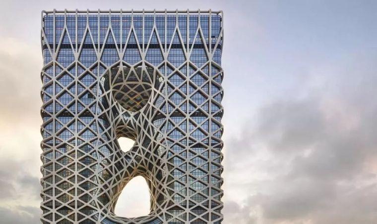 全球首个自由形态外骨骼网架结构幕墙_3