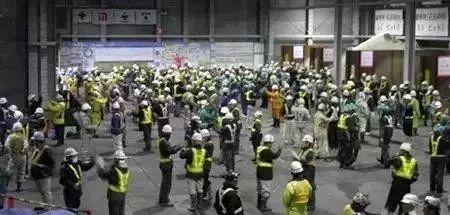 日本建筑工地和工人月薪4万怎么做到?!_13