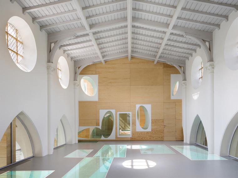 比利时Ruiselede教堂学校