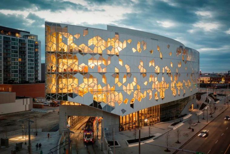 加拿大木质博物馆建筑设计 | DIALOG