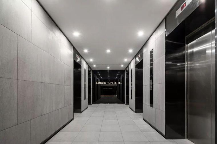 UNI-INTEL办公室丨模块化营造线性空间