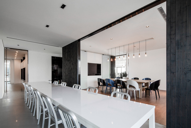 办公空间设计装修会展示出不同的风格