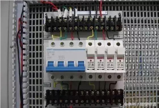 家庭装修水电布置施工规范,以及安装高度尺