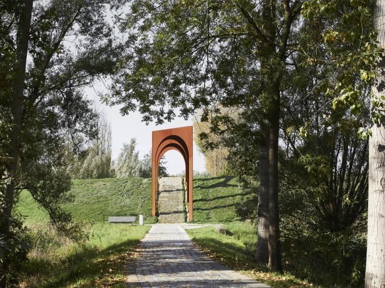 比利时堤坝拱廊装置