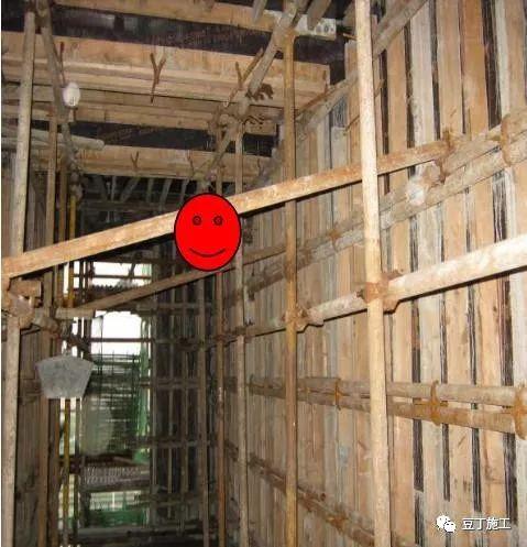 建筑混凝土墙柱的垂直度、平整度这么控制!_22