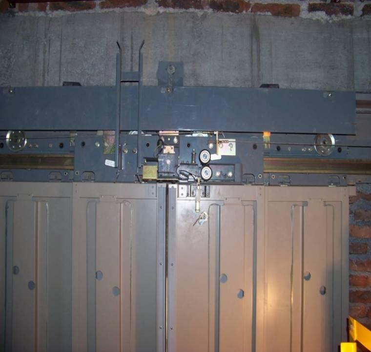 电梯厅门安装工艺(流程分析)