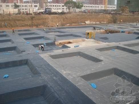 基础与地下室构造组成