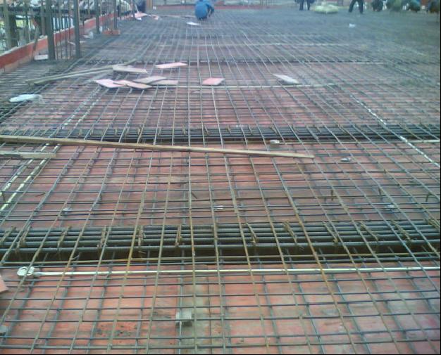 钢筋混凝土楼板层与地坪层构造