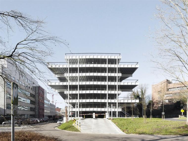 比利时IMEC微电子研究中心停车场