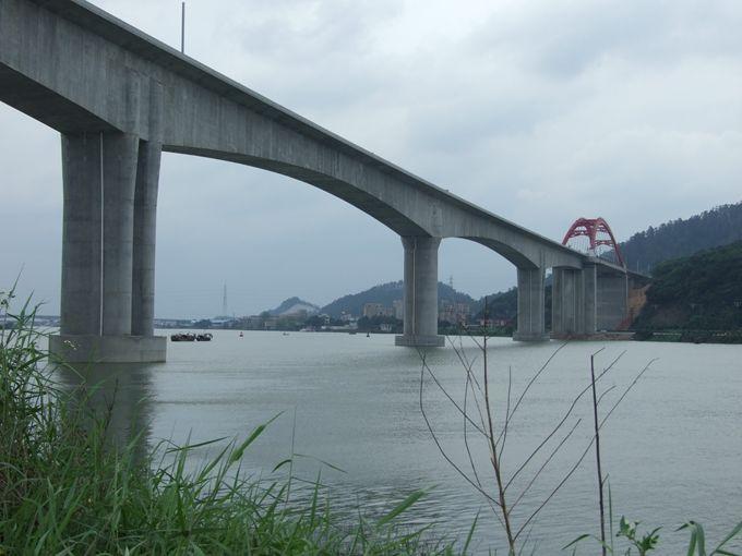 连续刚构桥悬臂浇筑施工工法揭秘_22