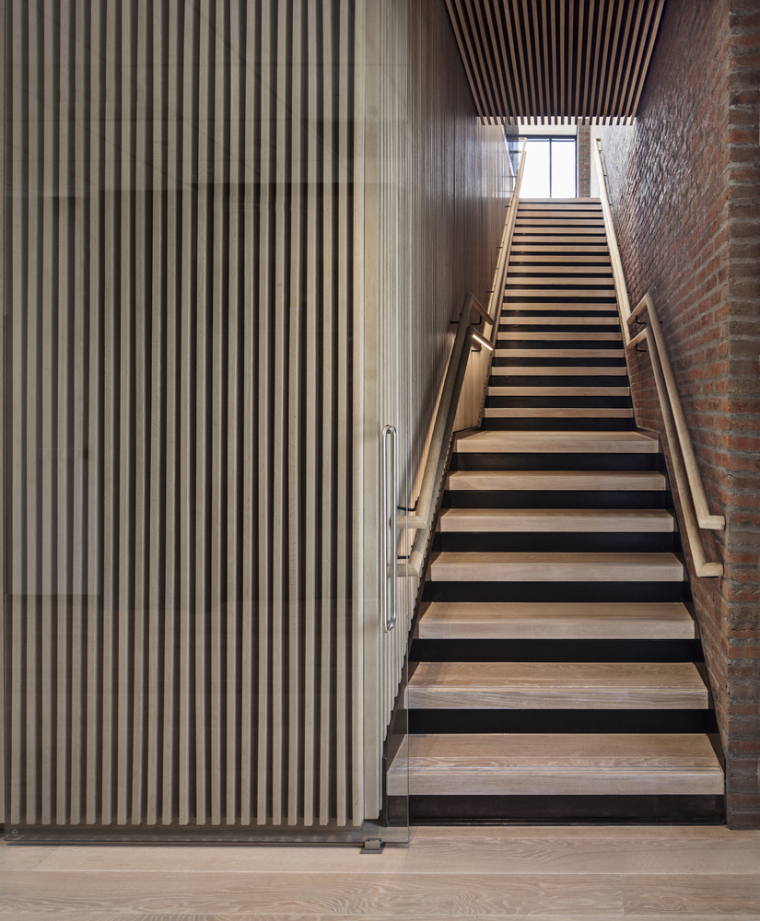 15._The_Wedge_Interior_staircase_(photo_credit_Ivan_Brodey)
