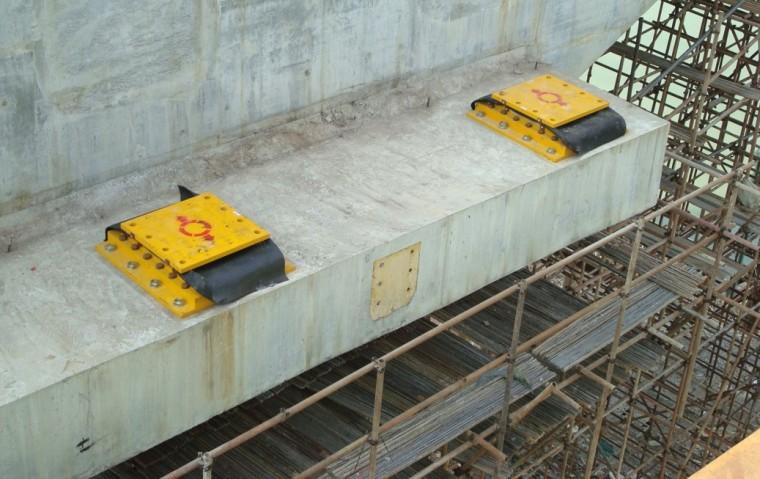桥梁盆式支座基本使用与安装要求