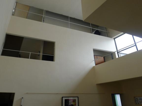 拉罗歇-让纳雷别墅分析(内容详实46页)-大厅三层通高空间