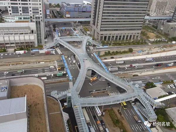 日本台场人行天桥设计及快速施工