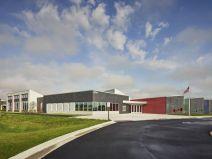 社区式教育建筑丨罗克福德公立学校