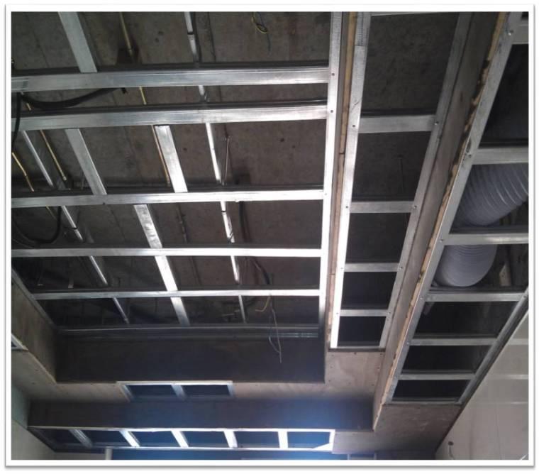 名企业轻钢龙骨石膏板吊顶施工工艺
