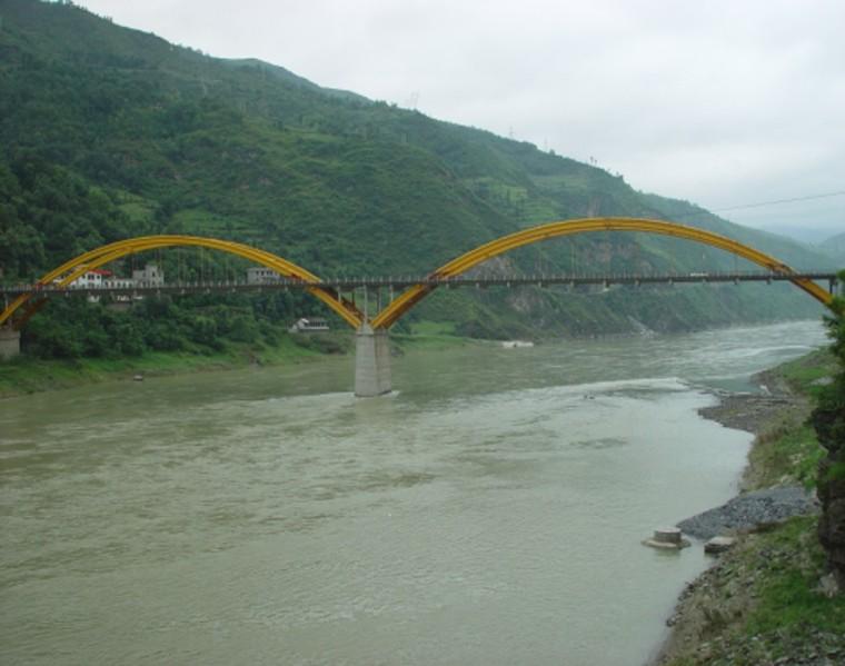 2×120米中承式钢管混凝土拱桥