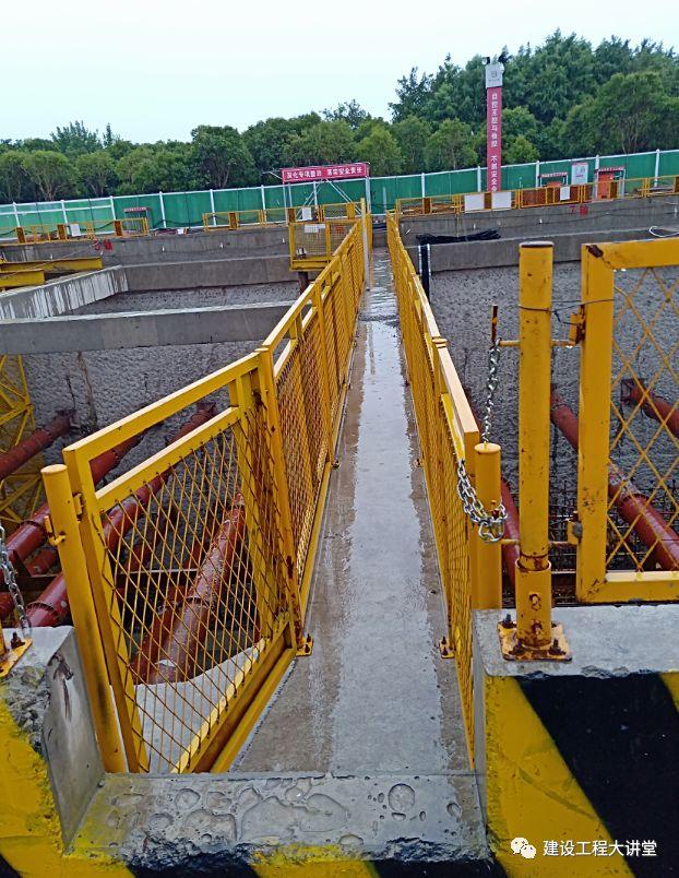 施工现场安全防护设置要点及实景图_11