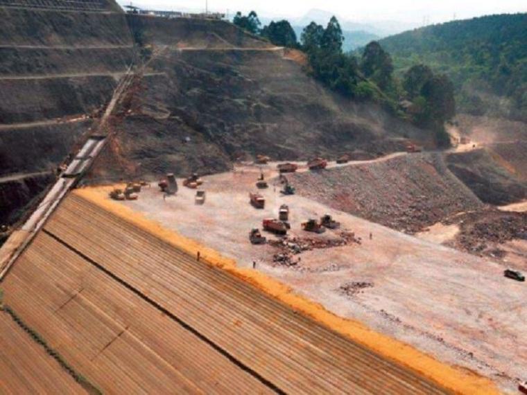 大坝填筑施工方案(42页,清楚明了)