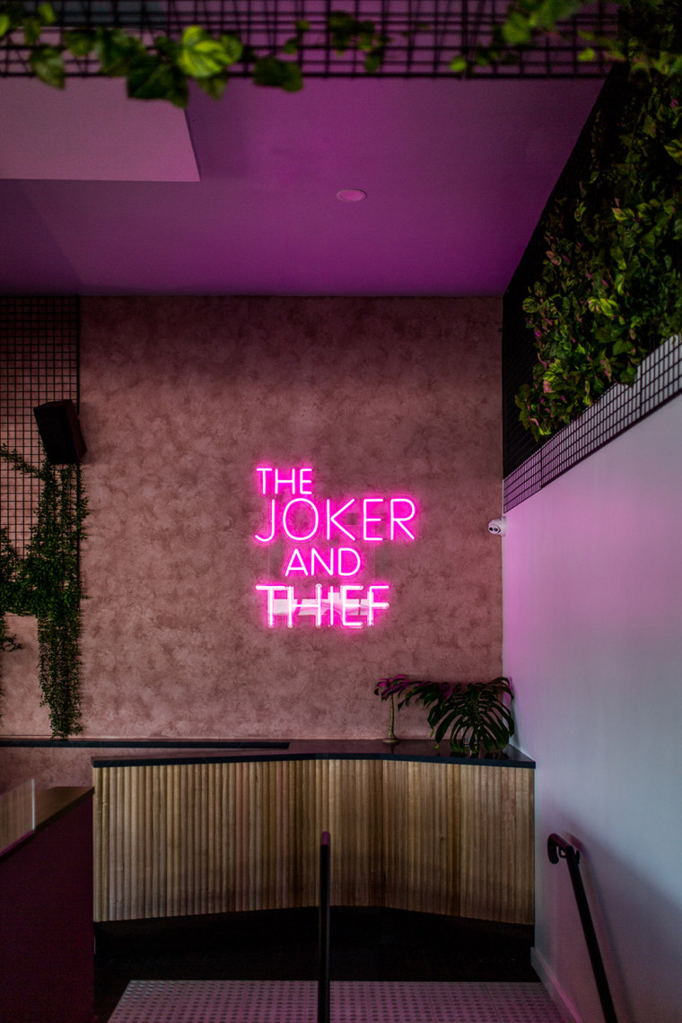 051-joker-thief-by-fabric-architecture