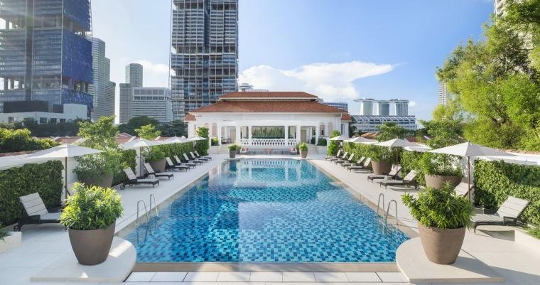 酒店泳池,图片来自 Raffles Hotel