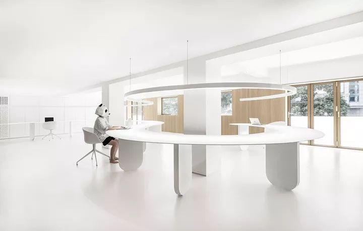 寸匠熊猫建筑设计厦门办公设计欣赏