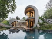 俄国景观中的房屋