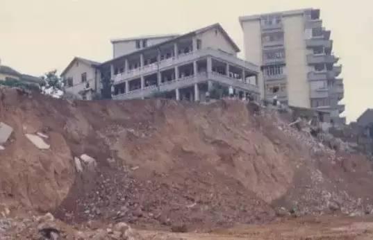 土方开挖边坡坍塌、回填土密实度低处理措施