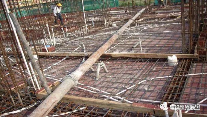 从桩芯到屋面全过程讲解砼施工质量标准~