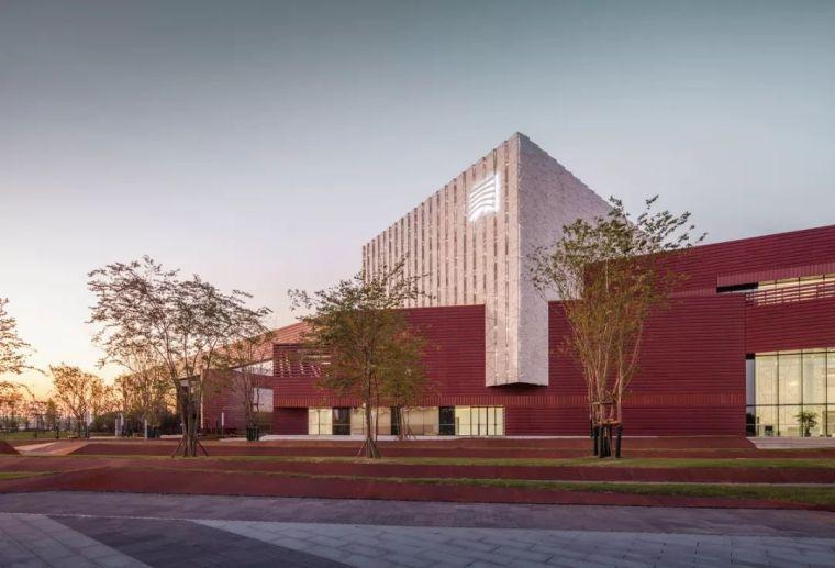 美术馆设计模型资料下载-多层商业+公共文化建筑设计:湖南美术馆