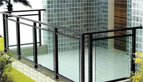 知名地产栏杆工程质量控制(图文并茂)