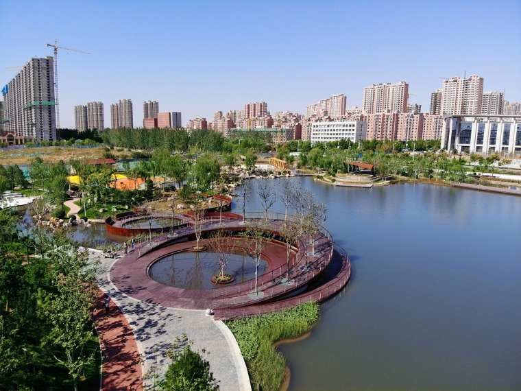 济南安澜湖公园临水平台