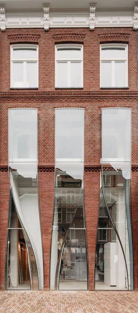 UNStudio新作'P.C.Hoofstraat外立面改造