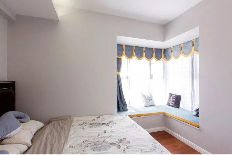 106平现代轻奢风二居室,时尚客餐厅超酷_8