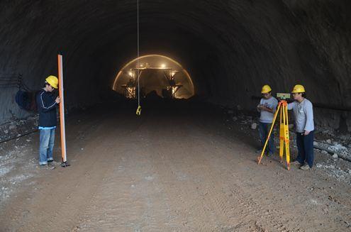 市政隧道施工测量的任务、误差及控制