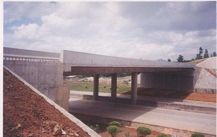 市政桥梁控制测量、中心定位及细部放样