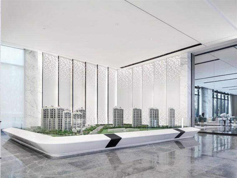 绿地国博城售楼中心资料下载-青岛绿地·城际空间站