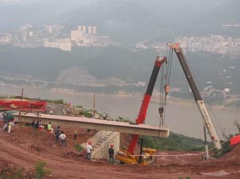 道路桥梁拓宽改造工程吊装施工方案