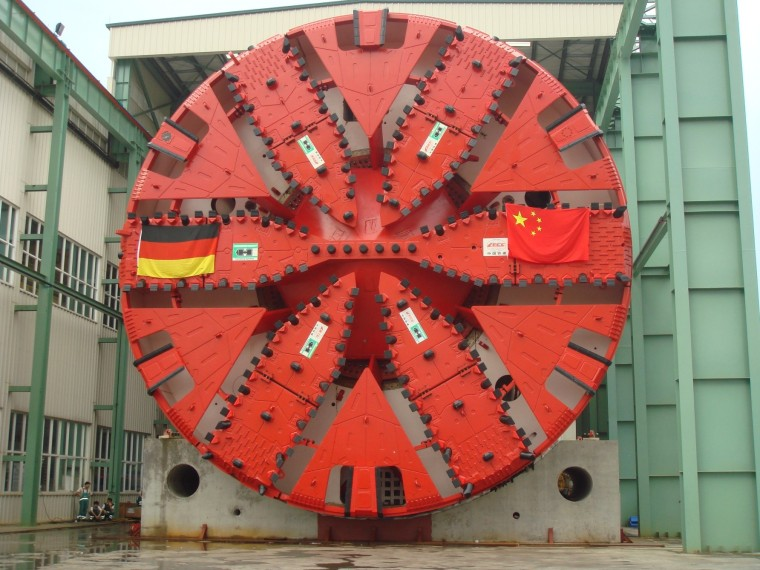 超大直径跨江交通隧道盾构施工关键技术综述