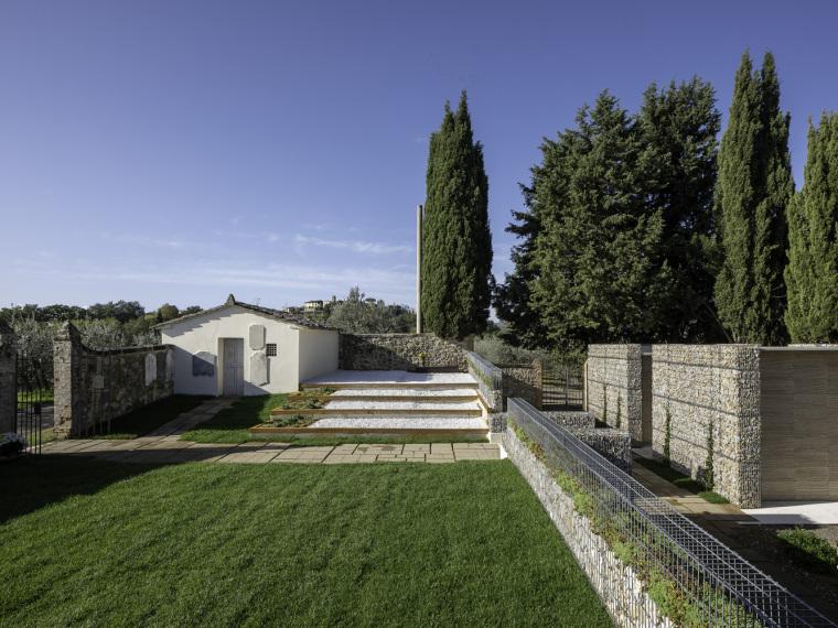 意大利圣吉米尼亚诺堡公墓