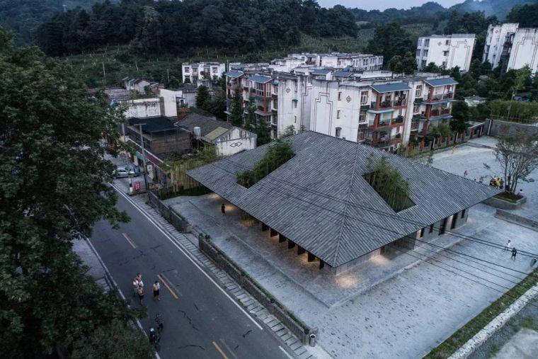 四川彭州小石村建筑设计