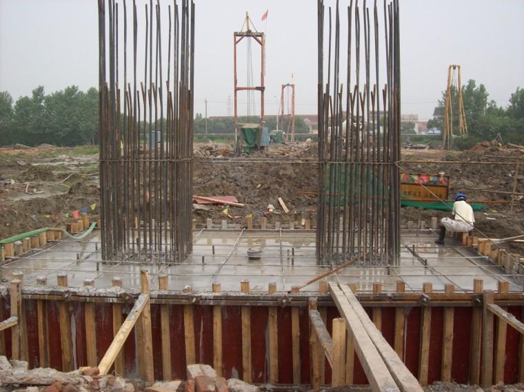立交桥梁工程安全施工方面汇报材料