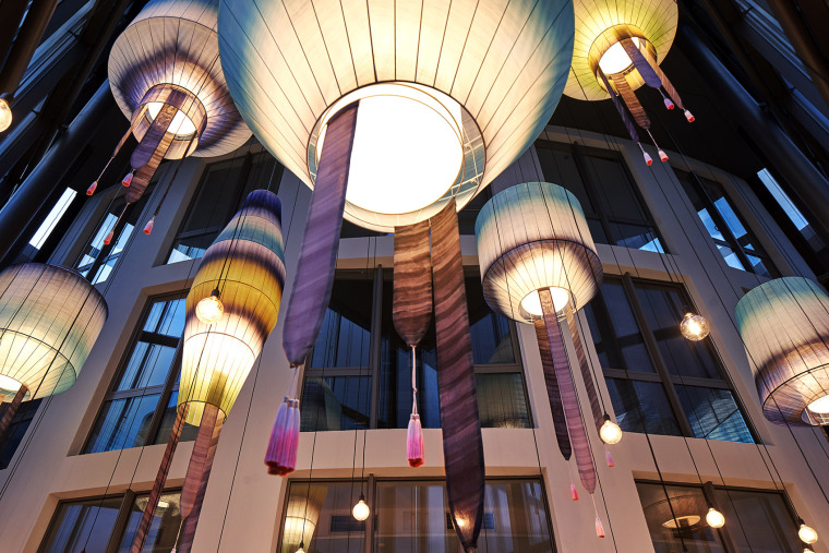 003-the-new-headquarters-of-roman-klis-design-by-ippolito-fleitz-group