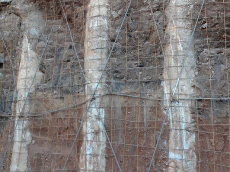 钢筋混凝土灌注桩与预应力锚索结合施工工法