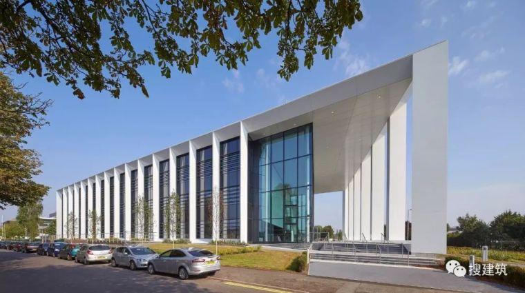 纯净现代的多层办公楼,这样设计…...