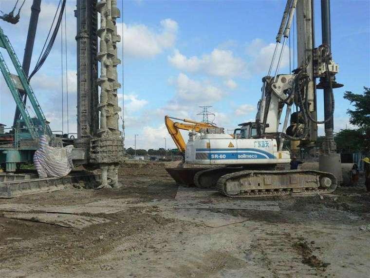 桥梁工程中的大型灌注桩竖向承载性状