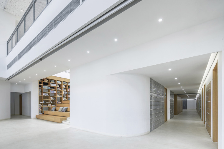 032-international-department-of-beijing-private-junyi-middle-school-china-by-edo-architects